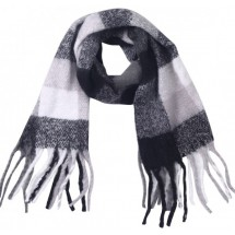AD 0234 Soft Scarf Checkered